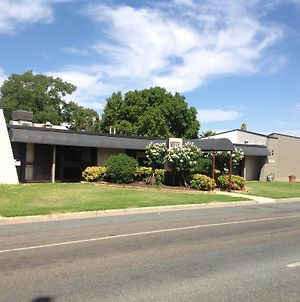 Cobram Colonial Motor Inn photos Exterior