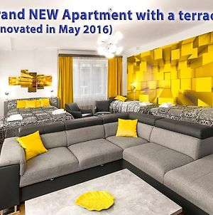 Astra 3 - Large Apartment With Terrace photos Exterior