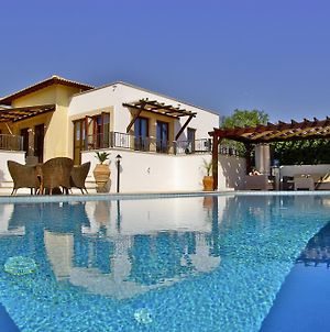 3 Bedroom Villa Lefkara With Private Infinity Pool Aphrodite Hills Resort photos Exterior