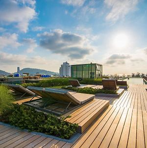 The Deck Patong By Favstay photos Exterior