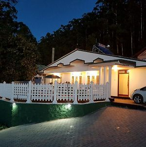 Winter Breeze Holiday Home photos Exterior