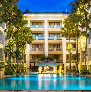 Aston Kuta Hotel And Residence photos Exterior