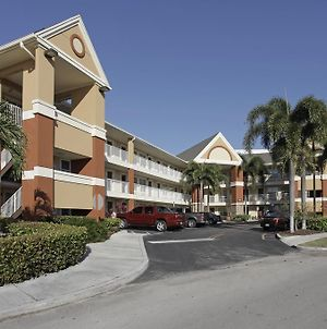 Extended Stay America-Ft Lauderdale-Cypress Crk-Andrews Ave photos Exterior
