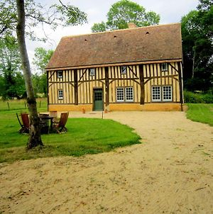 Modernised Detached Half-Timbered House On The Estate Of A 16Th Century Castle photos Exterior