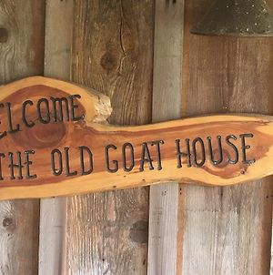 Old Goat House By Redawning photos Exterior