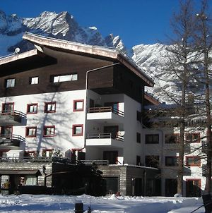Matterhorn-View Apartment In Breuil-Cervinia Near Ski Area photos Exterior