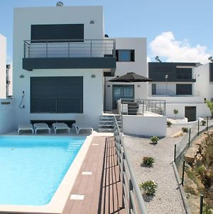 Super Luxury Villa With A Private Pool And Game Room, About 400 M From The Ocean photos Exterior