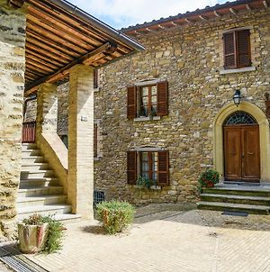 Amazing Apartment In The Tiber Valley With Enclosed Lawn photos Exterior