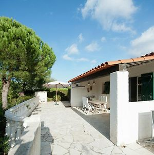 Detached Holiday Home In Sainte Maxime With Shared Pool photos Exterior