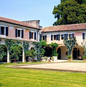 Attractive House Located In The Beautiful Venice Region photos Exterior