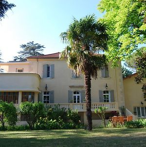 Lovely Country Cottage In Valreas With Swimming Pool photos Exterior