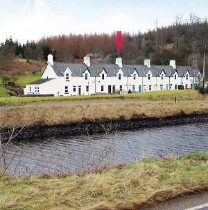 Crinan Canal Cottage photos Exterior