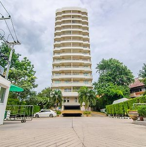 Baan Hansa Service Apartment photos Exterior