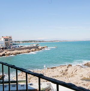 Luxury Holiday Apartment In L'Escala Catalonia With Beach Nearby photos Exterior