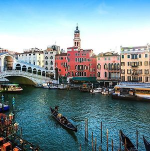 Rialto Bridge Romantic House photos Exterior