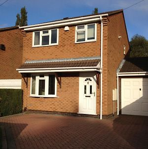 Cosy 3 Bed Detached House Birmingham photos Exterior