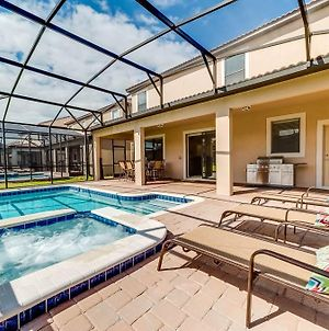 Serenade Champions Gate 8 Bedroom Home With Private Pool photos Exterior