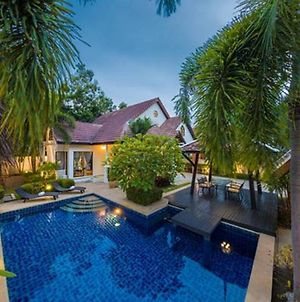 All Villas Pattaya photos Exterior