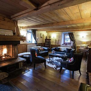 Luxury Chalet Full Of Atmosphere Near The Center Of Morzine With Sauna & Hottub photos Exterior