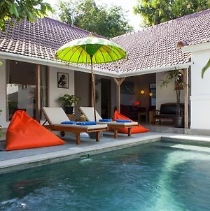 Legian Beach 3 Bedroom Villa photos Exterior