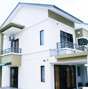 Senyum Homestay 4 Bedroom Terrace House Puchong photos Exterior