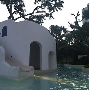 The Che @ Pool Access Beach Front By Away photos Exterior