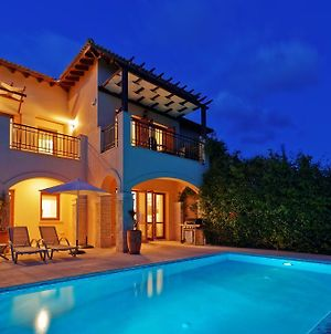 2 Bedroom Villa Iremos With Private Pool And Sea Views Aphrodite Hills Resort photos Exterior