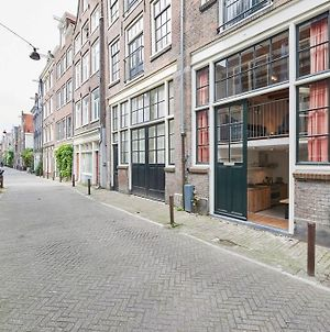 Three Story House In City Center Amsterdam, Netherlands photos Exterior