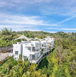 White House @ Chalong Hill By Favstay photos Exterior