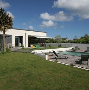 Luxurious Villa With Private Pool In Loctudy France photos Exterior