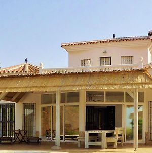Delightful Villa In Algarrobo With Beach Nearby photos Exterior