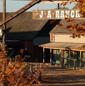 J A Ranch Bed & Breakfast photos Exterior
