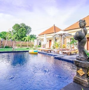 Kutuh Manak Guest House photos Exterior