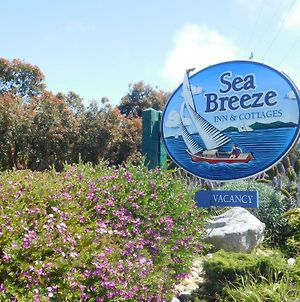 Sea Breeze Inn And Cottages photos Exterior