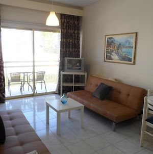Geotanya Apartments photos Room