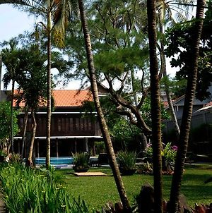 Surya Kencana Seaside Hotel photos Exterior