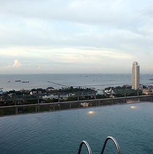 2 Bedrooms Apartment With Ancol Sea View By Travelio photos Exterior