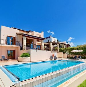 4 Bedroom Villa Helidoni With Private Infinity Pool, Aphrodite Hills Resort photos Exterior
