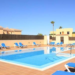 "Family Villa ""Las Tinajas"" With Pool, Bbq, Wifi & Only 200M To Sea By Holidays Home photos Exterior"