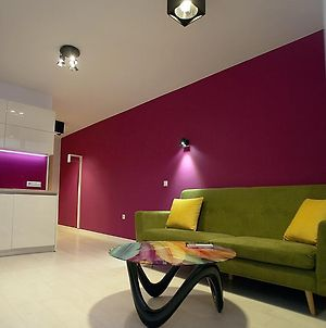 Turquoise And Magenta Apartaments photos Exterior