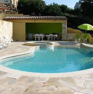 Apartment With One Bedroom In Sainte Maxime With Wonderful Sea View Pool Access Enclosed Garden 1 Km From The Beach photos Exterior