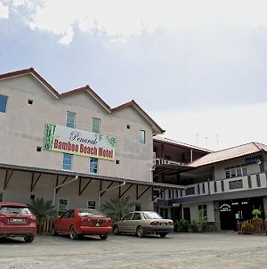 Penarak Bamboo Beach Motel photos Exterior