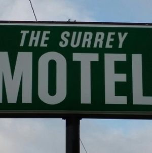 Surrey Motel photos Exterior