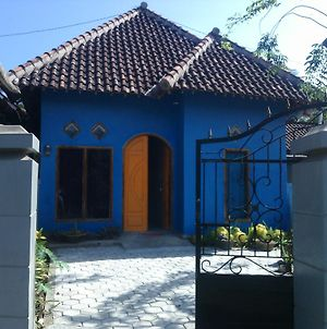 Red Beach Homestay photos Exterior