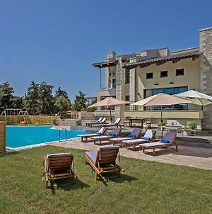 Free Breakfast, Family-Friendly Large Villa Dreamcatcher With Pool photos Exterior