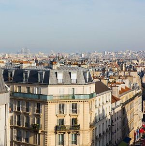 Modern Apartment With View On Paris Roofs photos Exterior