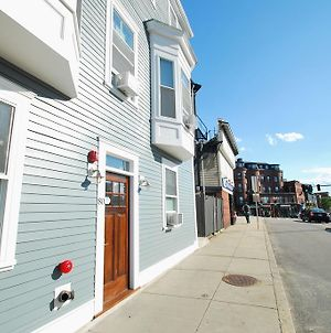 Quarters On Dot By Short Term Rentals Boston photos Exterior