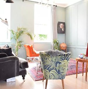 Beautiful 2Bed Minutes From Stepney Green Station photos Exterior