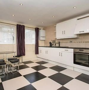 2Bed In Fantastic Location 2 Mins Walk From Tube photos Exterior