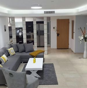 Sweethome26 Eilat Apt With Jaccuzzi / Free Parking photos Exterior